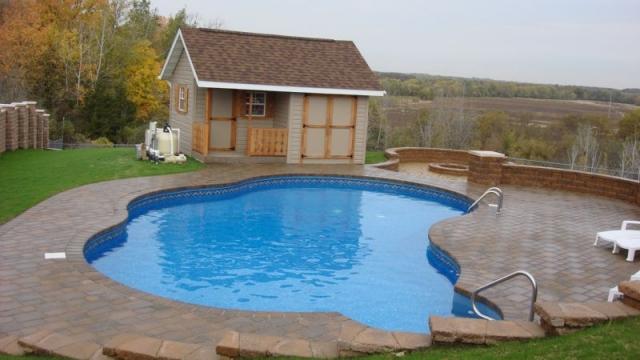 Pools in rockford